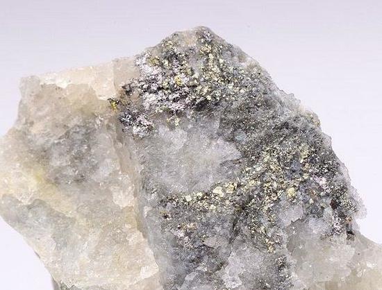 Камень колорадоит