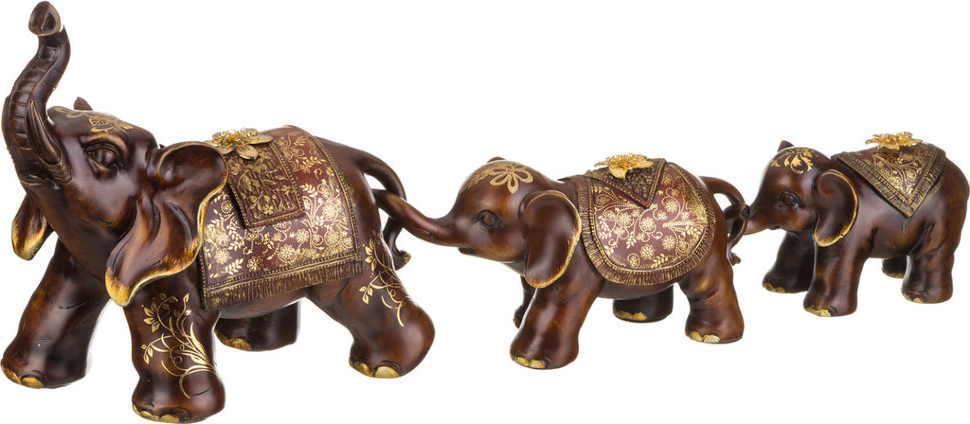 Статуэтка три слона - символ семьи. Такую статуэтку в спальне ставят супруги, которые мечтают о рождении первенца.