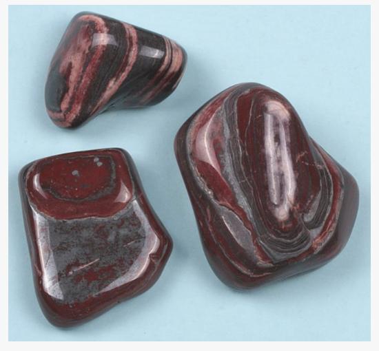 Внешне минерал Джеспилит похож на яшму