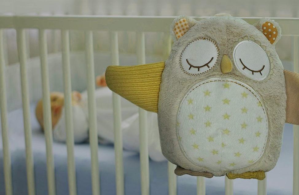 сова оберег на детской кроватке