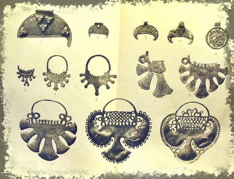 Древние амулеты - Лунницы